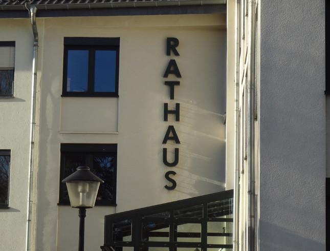 Neunkirchen-Seelscheid-Rathaus-4